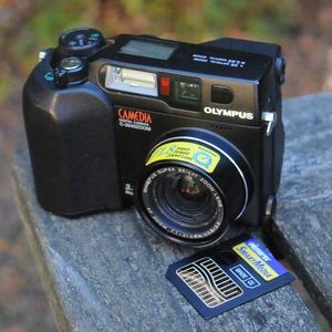 olympis camera, camedia zoom c-3040. SmartMedia